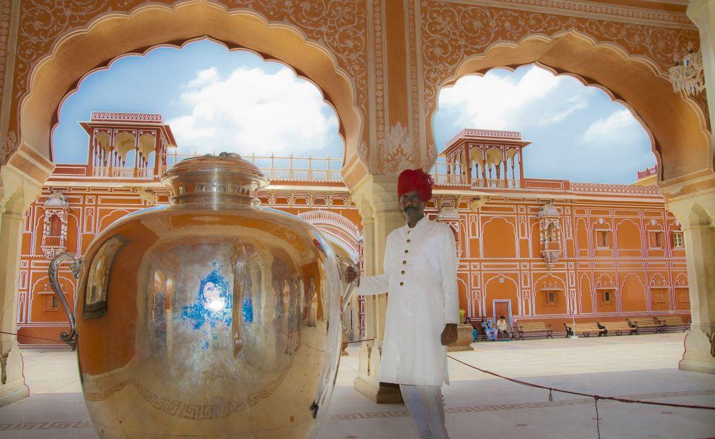 Trek k Everestu, královská Indie a pláže Goa