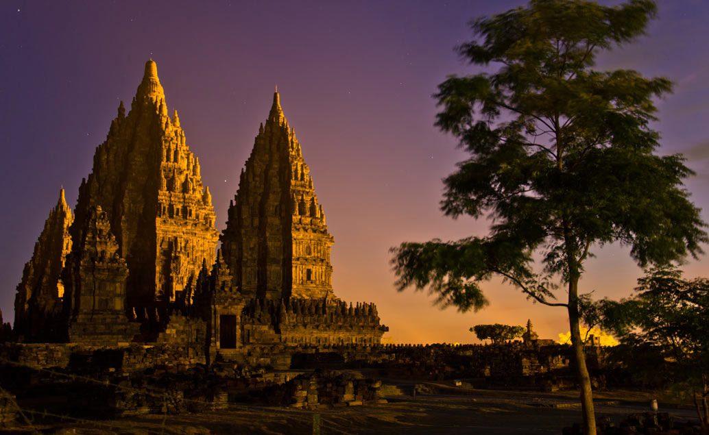Chrám Borobudur a hinduistické památky