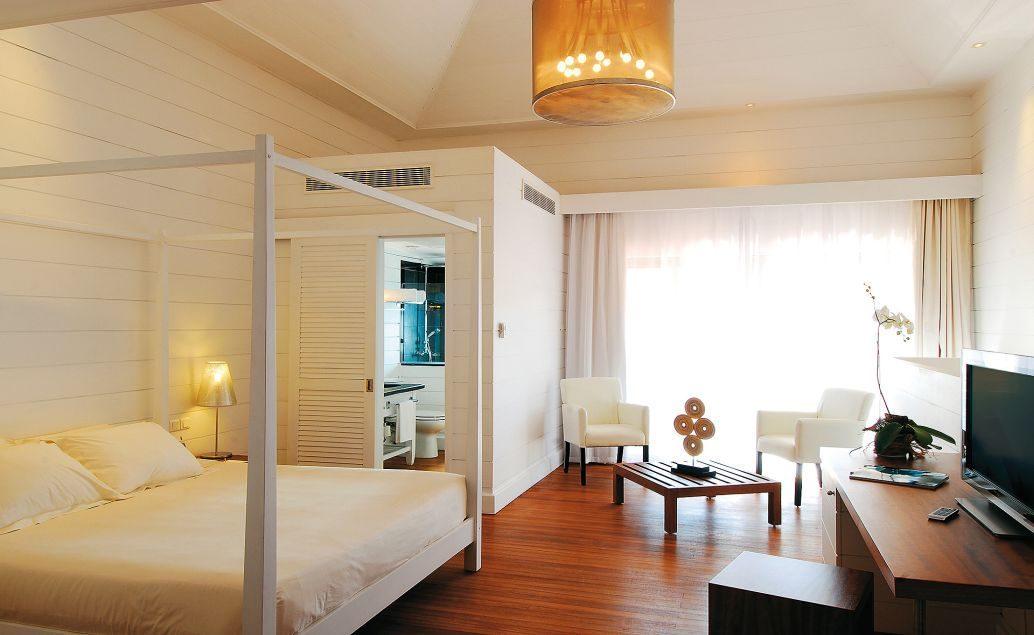 Mauricia Beachcomber Resort & Spa 4****